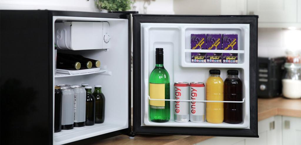 мне маленький холодильник для офиса средне